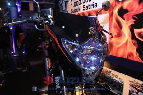 suzuki satria F 150 Black Fire II 46