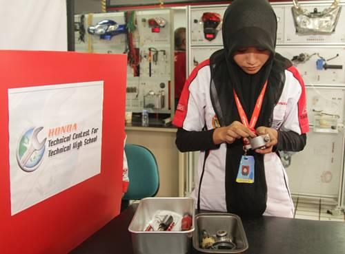 745 Siswa SMK se-Indonesia Ikuti Uji Ketrampilan Teknik AHM 1