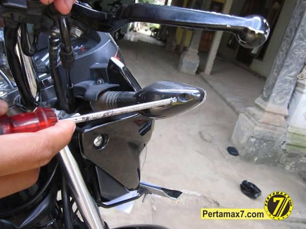 ganti Bohlam Sein Honda New megapro 2