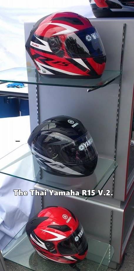 helm yamaha R15 di Thailand 1