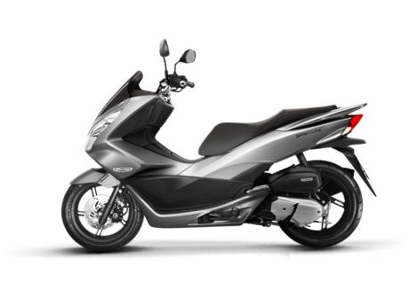 Honda PCX 150 2014 colour 2
