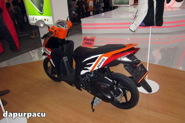 Honda Vario 125 livery repsol Marquez 1