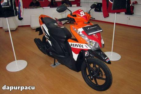 Honda Vario 125 livery repsol Marquez 2