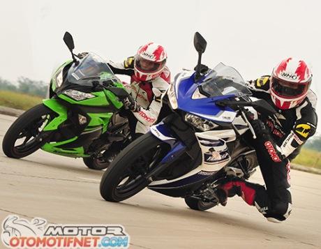 komparasi-Ninja-250-VS-Yamaha-R25-1