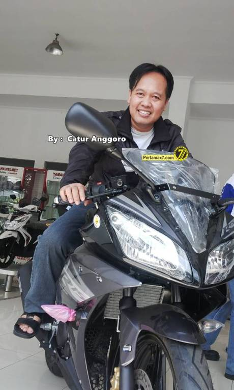 Pemilik yamaha YZF-R15 Solo Jawa tengah  4