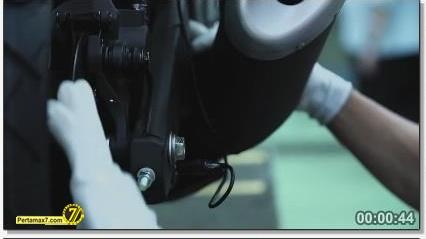 Perakitan Yamaha YZF-R25 di Indonesia Iwata Quality 45