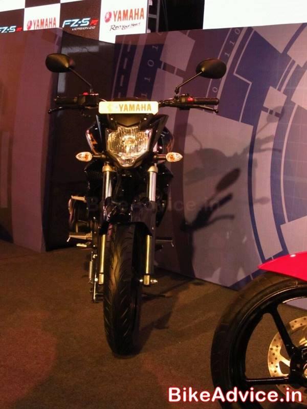 Yamaha-FZ-S-V2-Pics-front