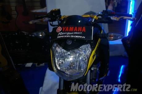Yamaha New Vixion lightning modip half faiirng yamaha Tech3 4