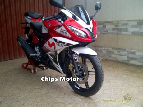 Yamaha R15 by Chips Motor 1
