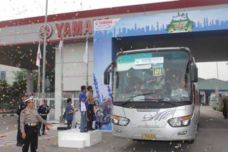 Berangkatkan 1.250 Pemudik, Yamaha Berikan Seperangkat Alat Sholat Gratis 1