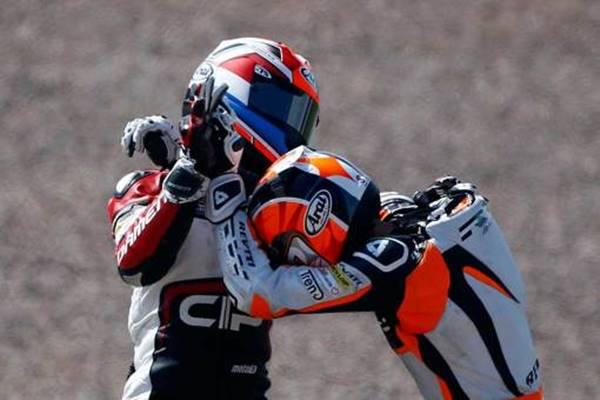 Bryan Schouten VS Scott Deroue fight on moto3 germany 2014 a4