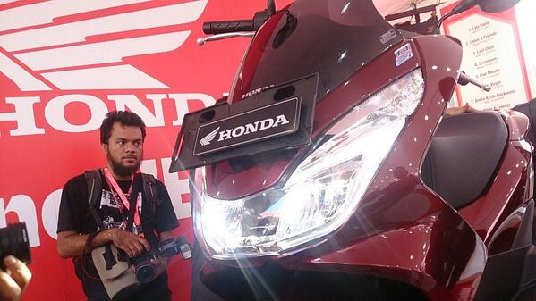headlamp led all new Honda PCX 150 2015 Indonesia