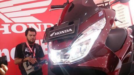 headlamp led all new Honda PCX 150 2015 Indonesia