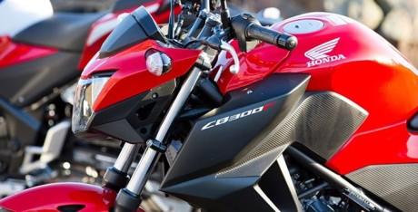 Honda CB300F 2015 8