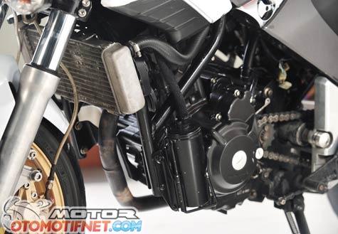 Honda Tiger Revo pakai mesin Honda CBR250R 3