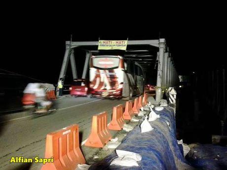 jembatan comal sudah bisa dilalui