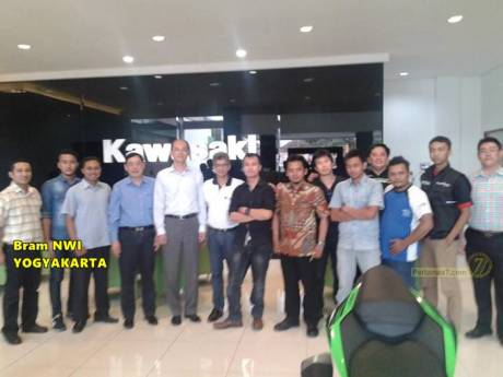 kawasaki japan bertemu kawasaki indonesia dan bajaj india di Yogyakarta 5