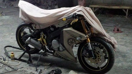 Modifikasi Yamaha New Vixion Full Fairing by Lent Automodified 12