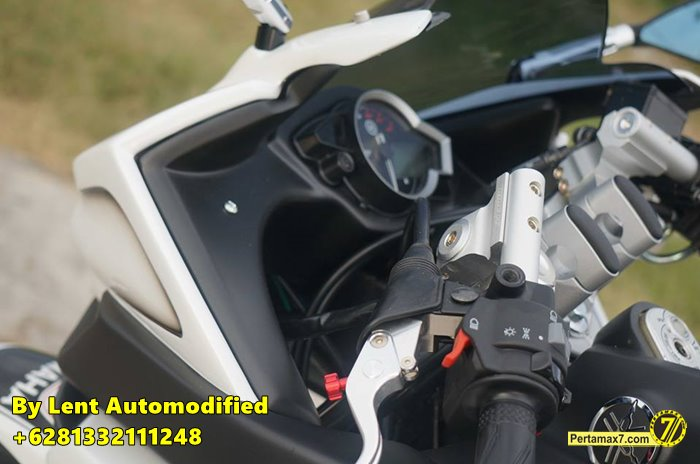 Modifikasi Yamaha New Vixion Full Fairing by Lent Automodified 13