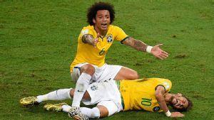 Neymar Cedera Tulang Belakang di Brazil  1
