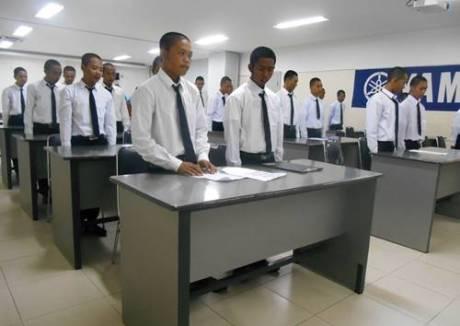 PEMBUKAAN YAMAHA ENGENEERING SCHOOL (YES 7 SURABAYA) 0