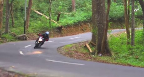 Review Yamaha New V-ixion 2013 Indonesia by KARS TV co
