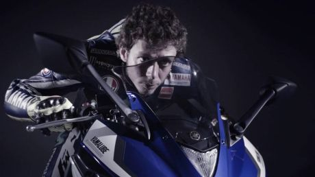 rossi on yamaha R25