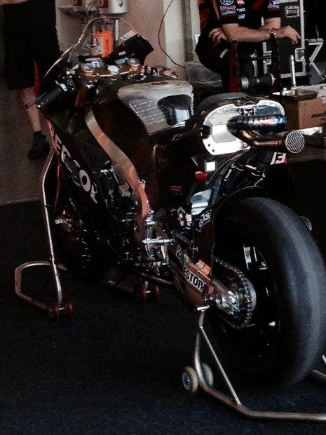 thumb brake honda RC213V season 2015