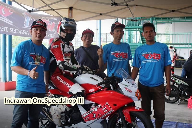 IRS Sport Kawasaki Ninja Race 250 3