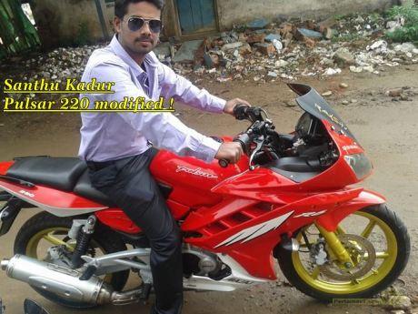 Modifikasi Bajaj Pulsar 220 dengan baju Fairing Yamaha R15 0