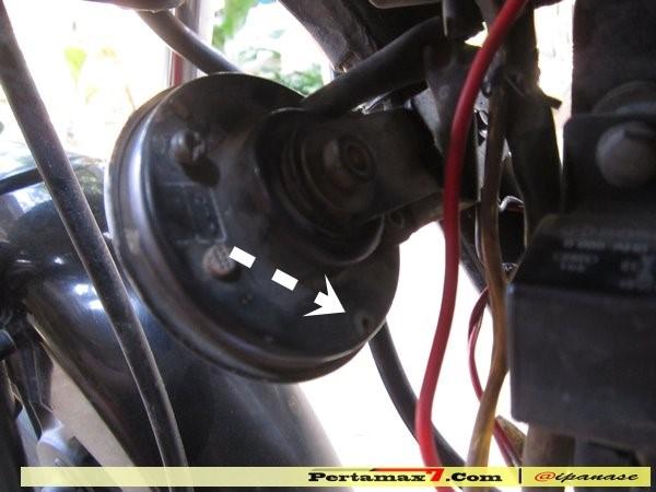 Pasang Klakson Denso Disk di Honda megapro pertamax7.com tanda lubang