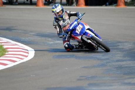 Rheza Danica (Yamaha Trijaya Racing) meraih pole position di kualifikasi seri 3 Indoprix 2014