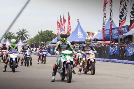 Seri 4 Yamaha Cup Race di sirkuit ex Bandara Polonia Medan