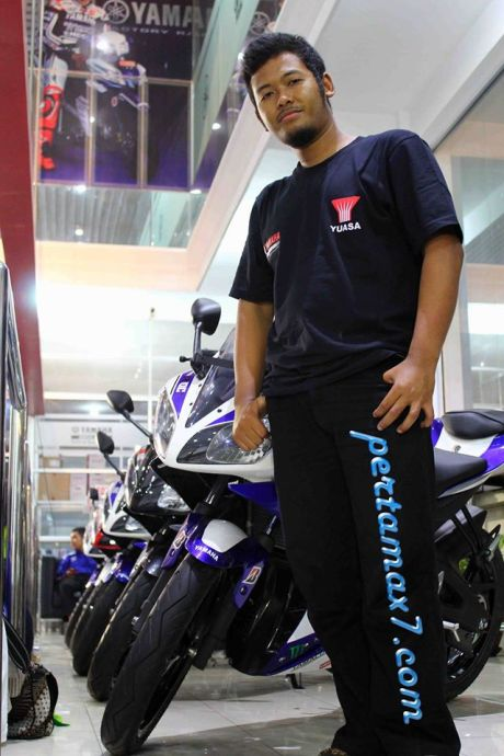 yamaha R15 pertamax7.com