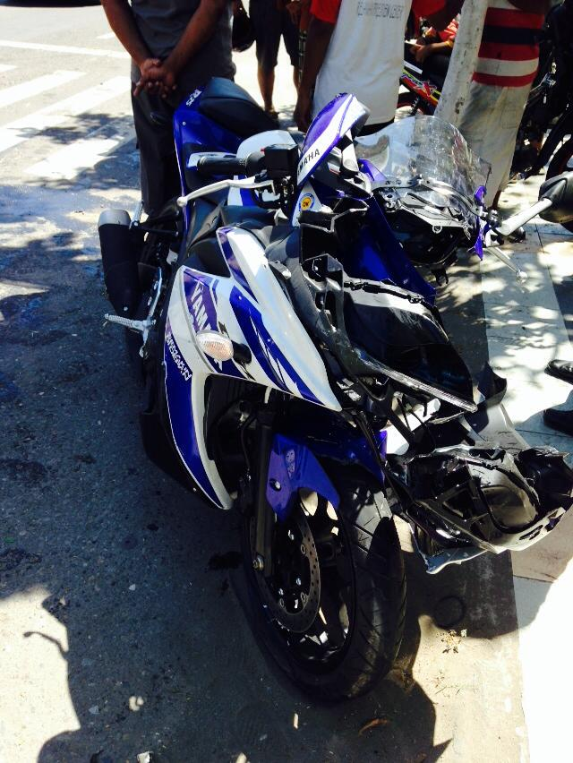 yamaha R25 crash madiun Indonesia