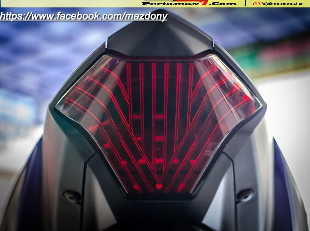 Yamaha YZF-R25 Blue pertamax7.com Indonesia 11