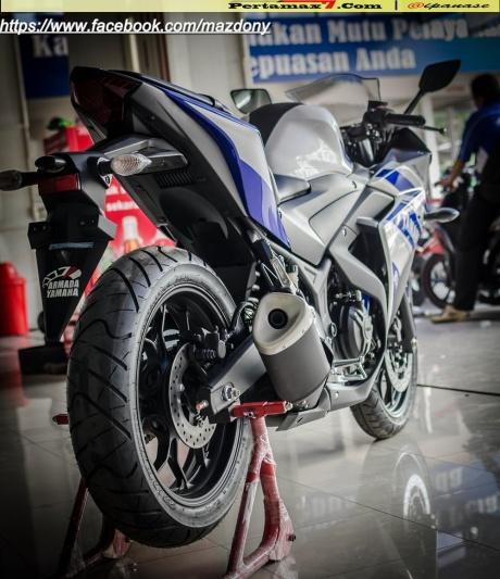 Yamaha YZF-R25 Blue pertamax7.com Indonesia 41