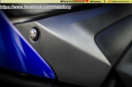 Yamaha YZF-R25 Blue pertamax7.com Indonesia 49