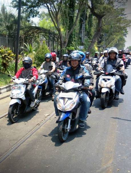900 Bikers Honda Vario Ramaikan Solo dengan Kampanye Safety Riding 1