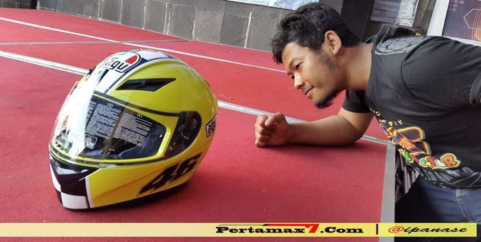 helm agv pertamax7