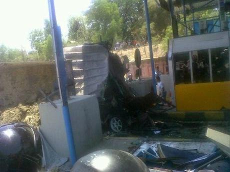 Honda Jazz Ringsek di Suramadu karena Tabrakan Karambol 7