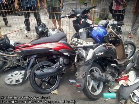 Kecelakaan Beruntun di pasar kuncen yogyakarta 1
