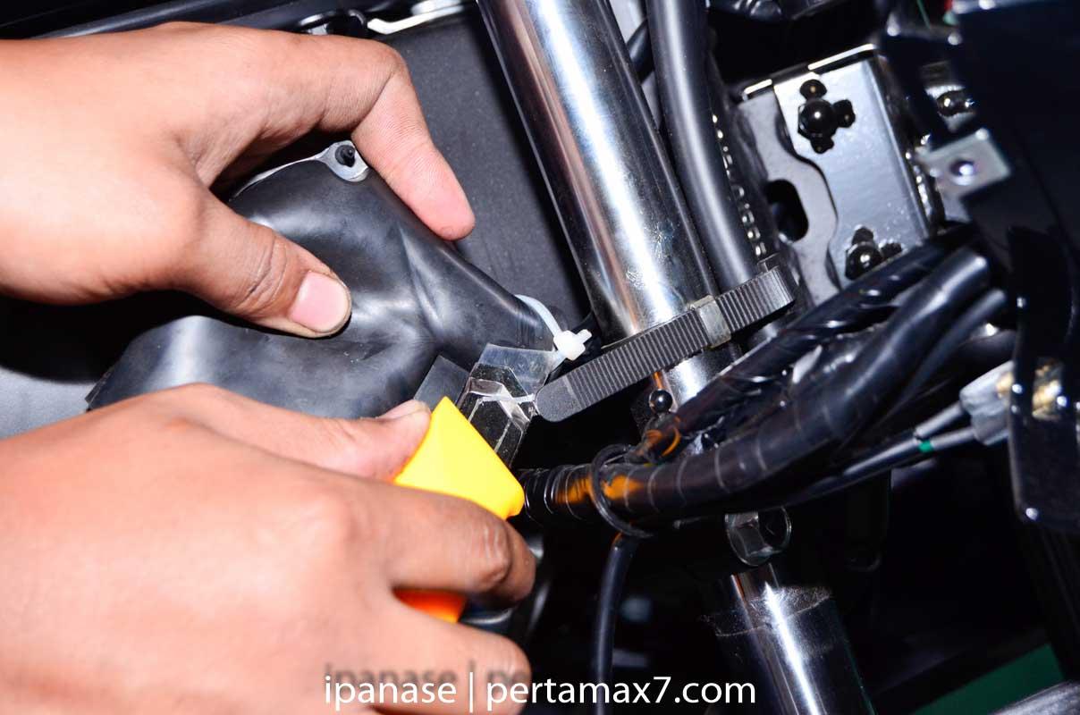 mematikan AHO Yamaha R15 dengan saklar Old Vixion 10