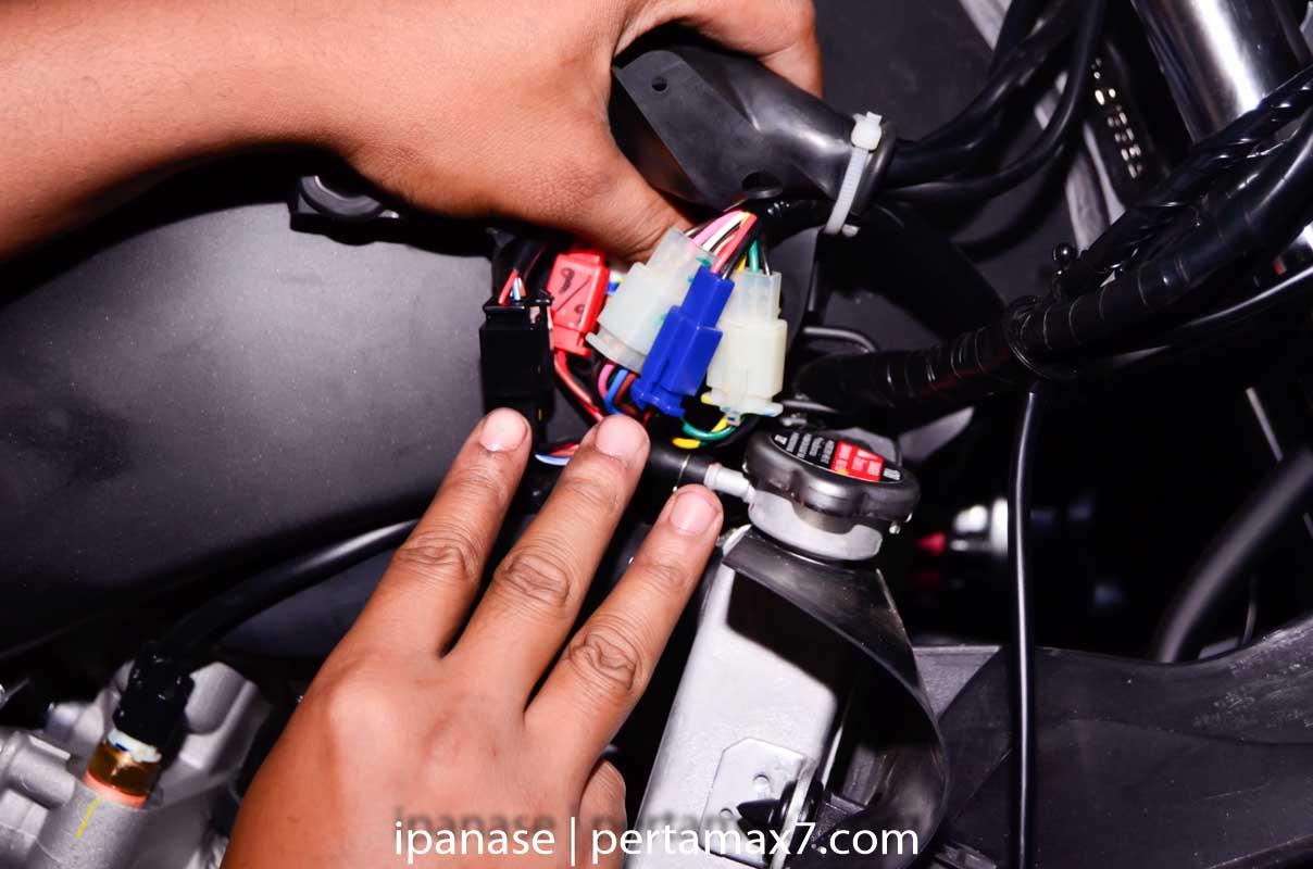 mematikan AHO Yamaha R15 dengan saklar Old Vixion 7