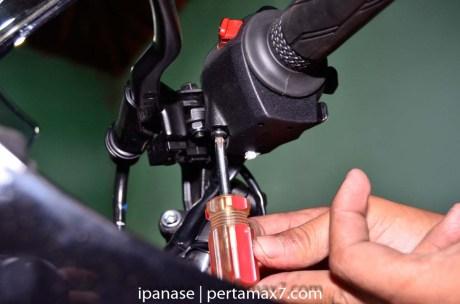 mematikan AHO Yamaha R15 dengan saklar Old Vixion 9