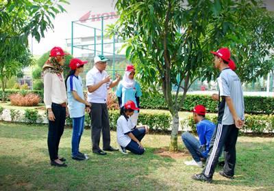 Peringati Hari Ozon, AHM Edukasi Siswa Sekolah Satu Hati 2