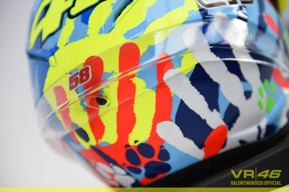 Rossi new AGV Helmet on misano 2014 9