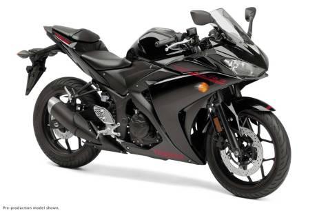 2015-Yamaha-YZF-R3-05