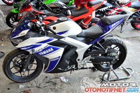 deltabox-Yamaha-YZF-R25