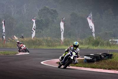 Fitriansyah Kete di seri 4 Indoprix di sirkuit Skyland Sekayu Palembang